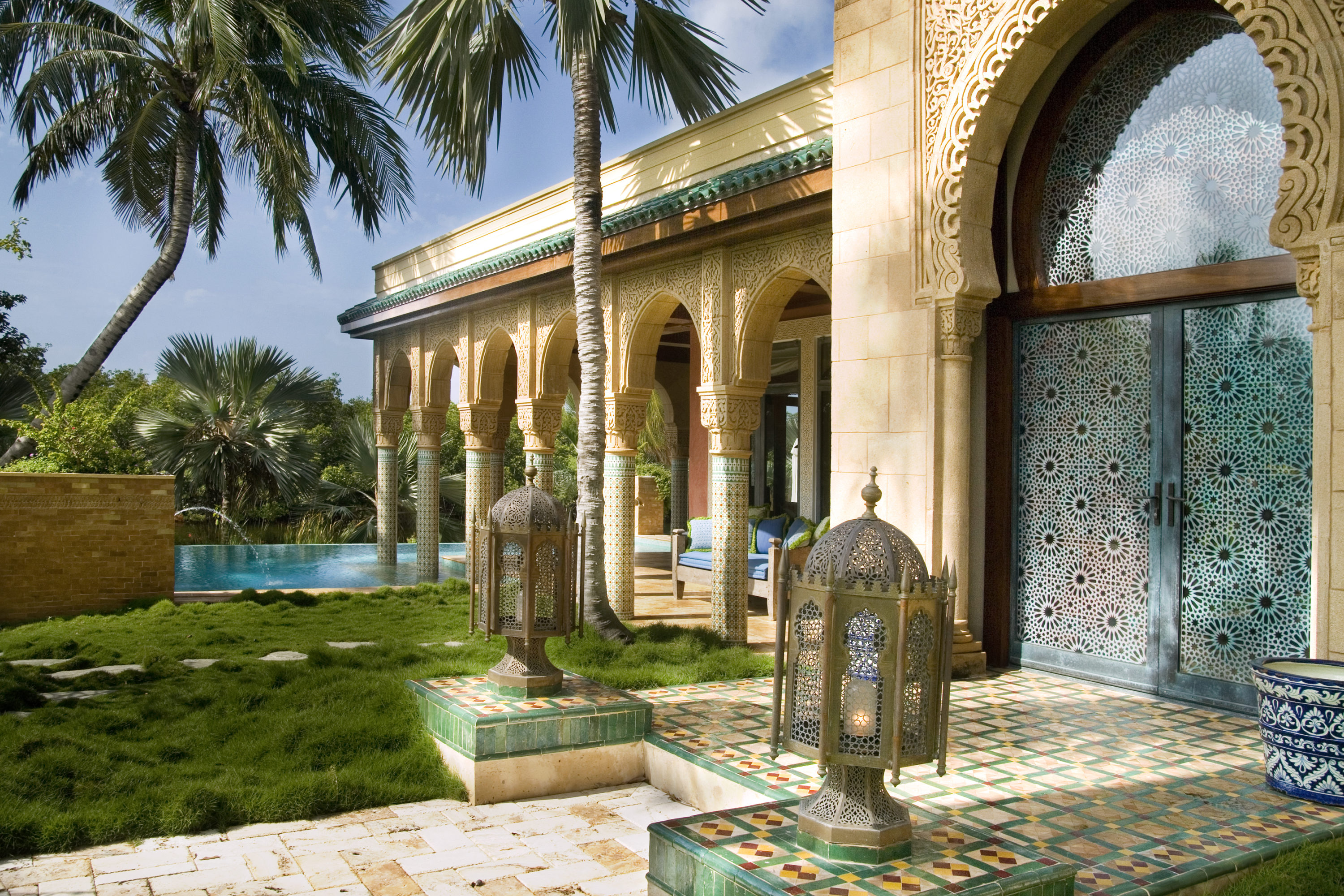 Moorish oasis for Moorish homes